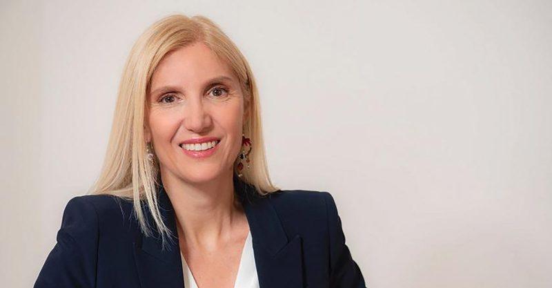 Mutige Anwältin schützt Gesundheitspersonal vor Zwangsimpfungen (Europa)